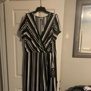 Black and white wrap dress